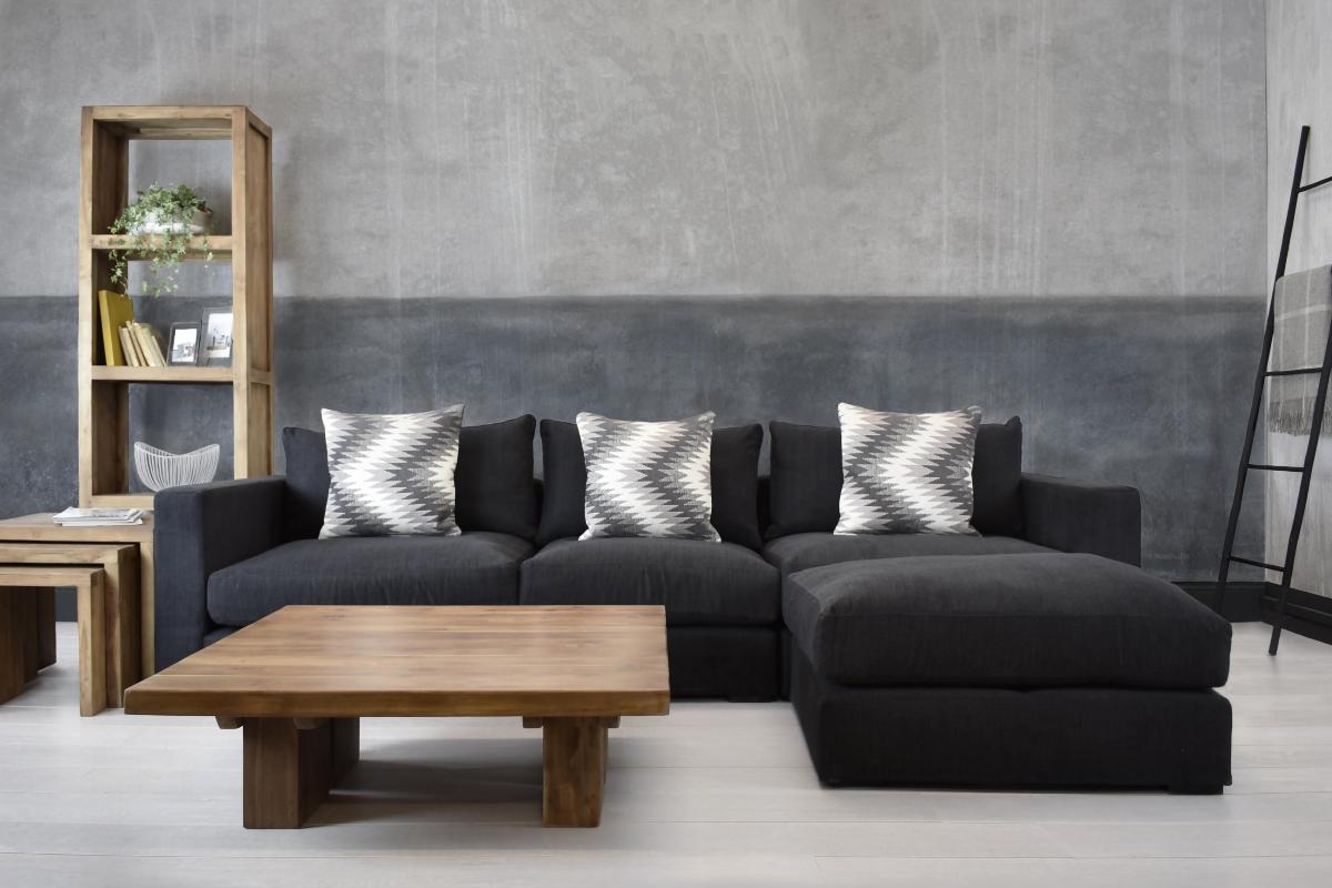Minimalist block colour walls with corner unit