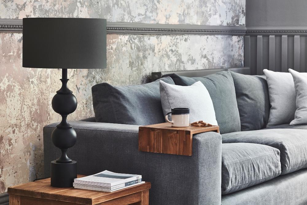 Melrose sofa with harvard lamp moody lighting