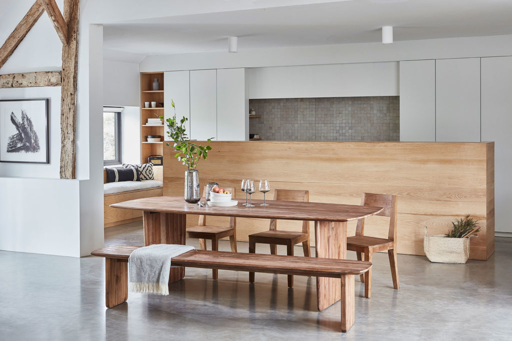 2021 home decor trends partition for broken plan living